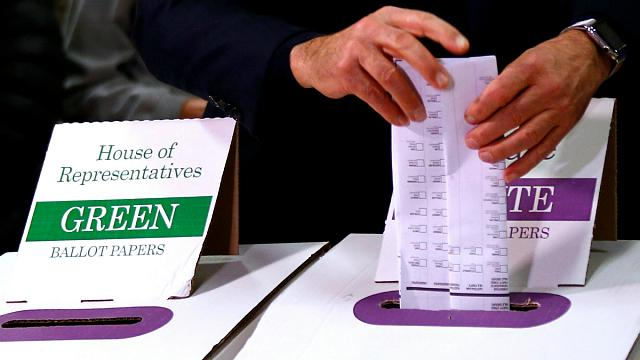 Avustralya erken genel seçimde sandık başında