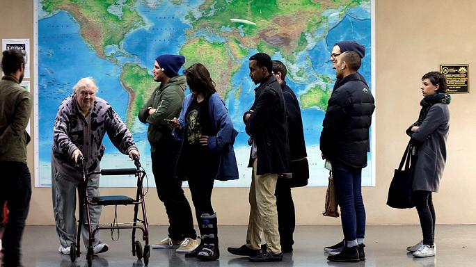 Avustralya'da oy sayımına başlandı