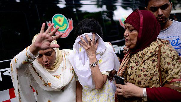 Дакка: боевики казнили 20 заложников