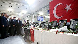 Turquia: Suspeitos de envolvimento em atentado em Istambul em Tribunal
