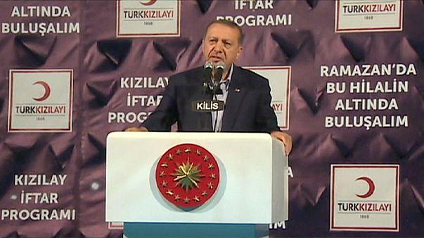 Erdogan en faveur de la naturalisation des réfugiés syriens