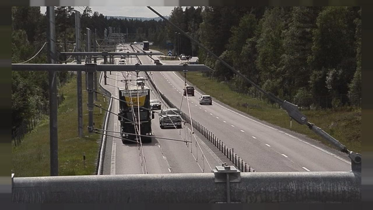 La primera autopista eléctrica, a prueba en Suecia