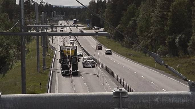 Green road: a testing time on Sweden's eHighway