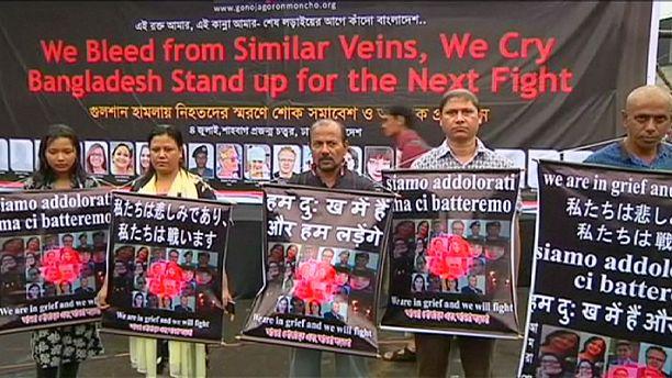 Bangladesh: protesters condemn deadly Dhaka attack