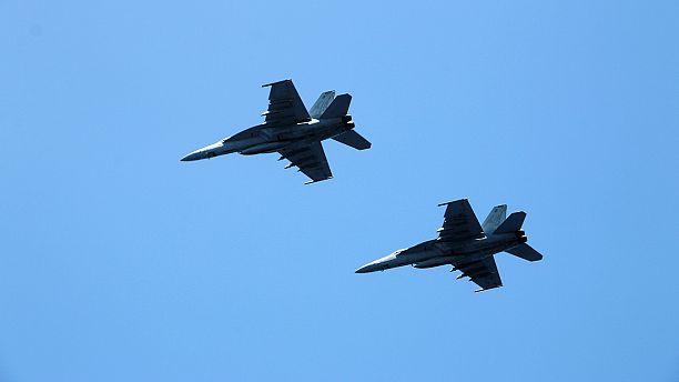 Laute Knalle 8.000m über der Schweiz: Kampfjets fangen El-Al-Flug ab