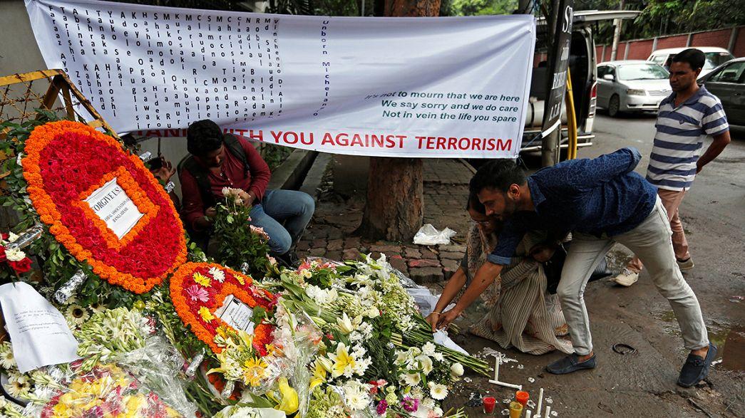 Тела погибших в Дакке иностранцев доставят на родину