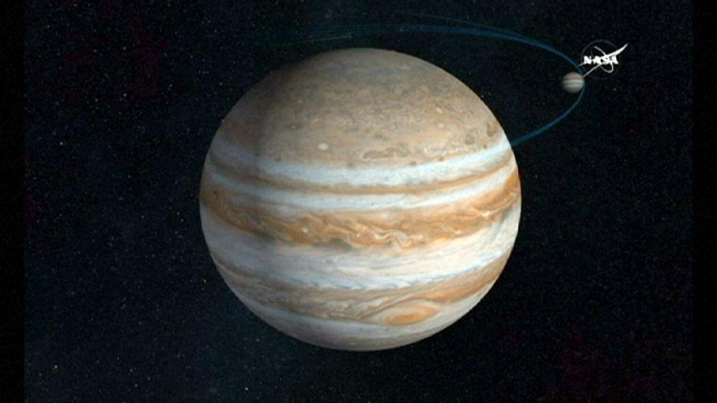 Uzay aracı Juno, Jüpiter ile buluştu