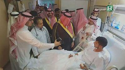 Le prince héritier d'Arabie Saoudite a visité quelques blessés des attentats du lundi