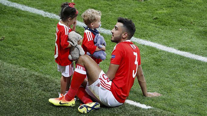 Labdarúgó Eb: Nem mehetnek többet a pályára a játékosok gyerekei