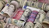 Libra atinge mínimos de 31 anos face ao dólar