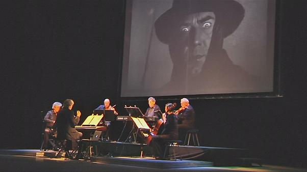 دراكولا، عرض الفيلم الأول مع الموسقى التصويرية الحية في بوخاريست