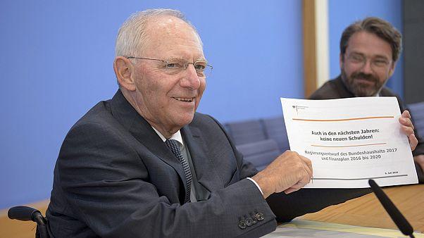 """Бюджетная политика Германии не изменится несмотря на """"брексит"""""""