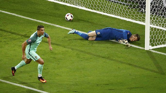 Португалия победила Уэльс и вышла в финал Евро