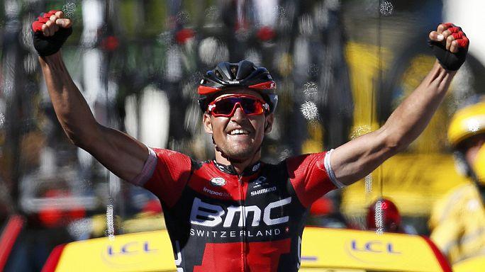 """Грег Ван Авермат выиграл пятый этап """"Тур-де-Франс"""" и примерил желтую майку лидера"""
