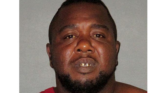 بدء تحقيق فيدرالي في مقتل رجل أسود على يد الشرطة الأمريكية في لويزيانا