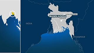 Police attacked in Bangladesh