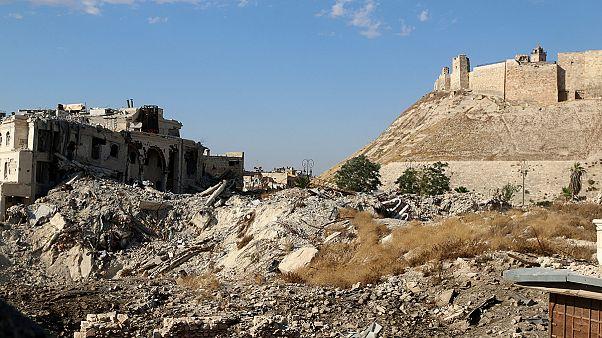 Bezárult az ostromgyűrű a szíriai Aleppo körül