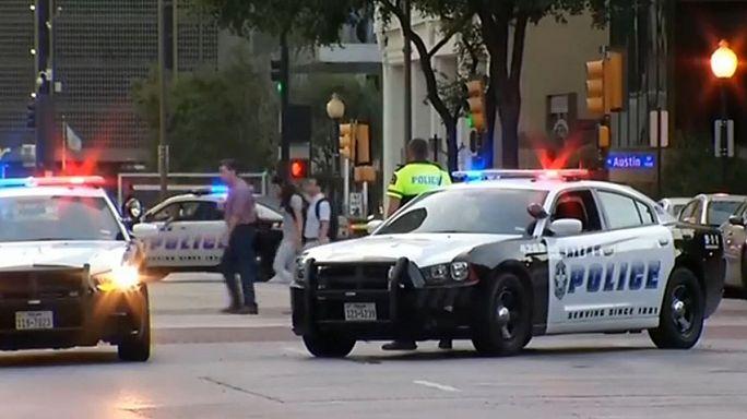 США: несколько полицейских убиты на акции протеста