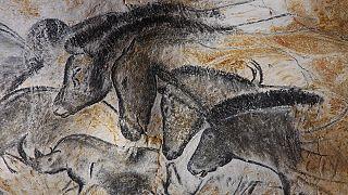As obras de arte mais antigas do mundo na gruta Chauvet em França