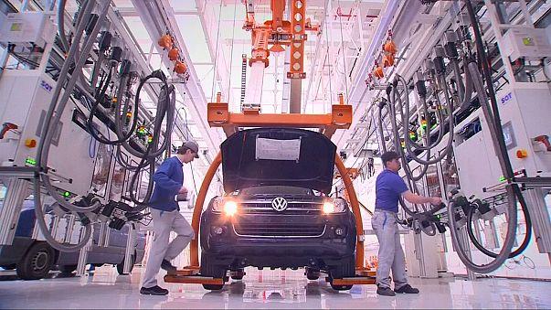 Alemanha vê exportações cairem em linha com a produção industrial