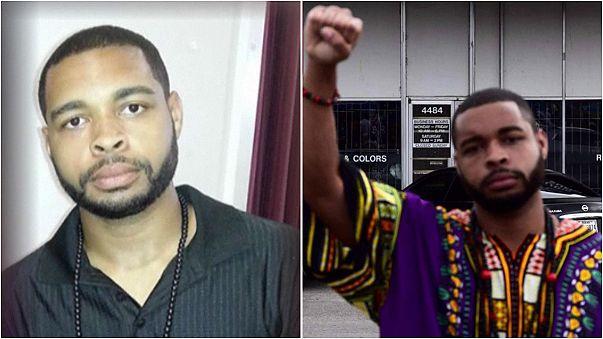 """هدف قناص دالاس ميكا جونسون هو """"قتل عناصر الشرطة البيض"""""""