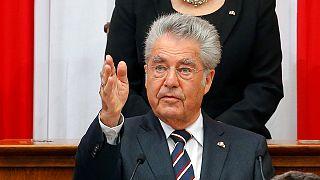 Áustria: Presidente cessante denuncia xenofobia