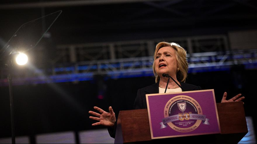 Dallas: Clinton e Trump uniti nel cordoglio
