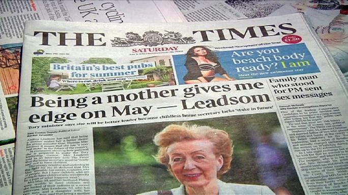"""İngiltere'de başbakanlık yarışında """"annelik"""" polemiği"""