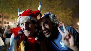 Finale Euro 2016 : l'enthousiasme gagne les fans des deux pays
