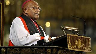 Desmond Tutu celebrates 40 years of service as bishop