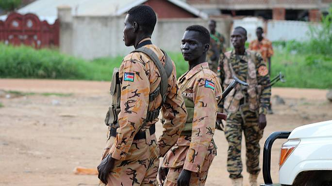 Dél-Szudán: újrakezdik a vérontást
