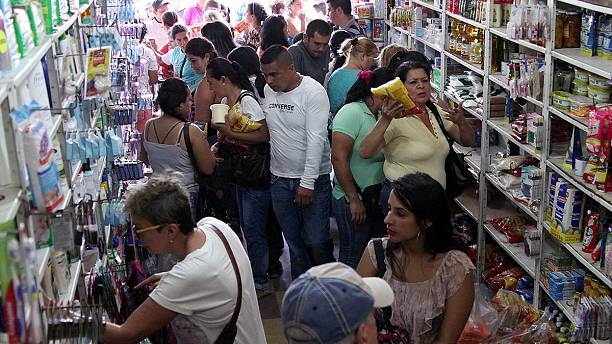 Venezuelans rush into Colombia seeking food and medicine