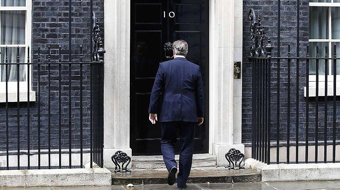David Cameron görevden ayrılma tarihini öne çekti