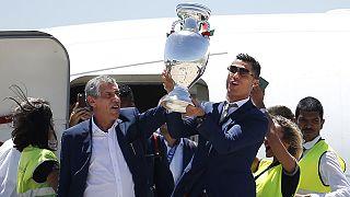 A portugál államfő megölelte az Európa-bajnok gólszerző Edert