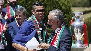 قهرمانی پرتغال برای این کشور درآمد زایی دارد