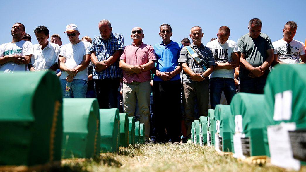 Katliamdan 21 yıl sonra son yolculuklarına uğurlandılar