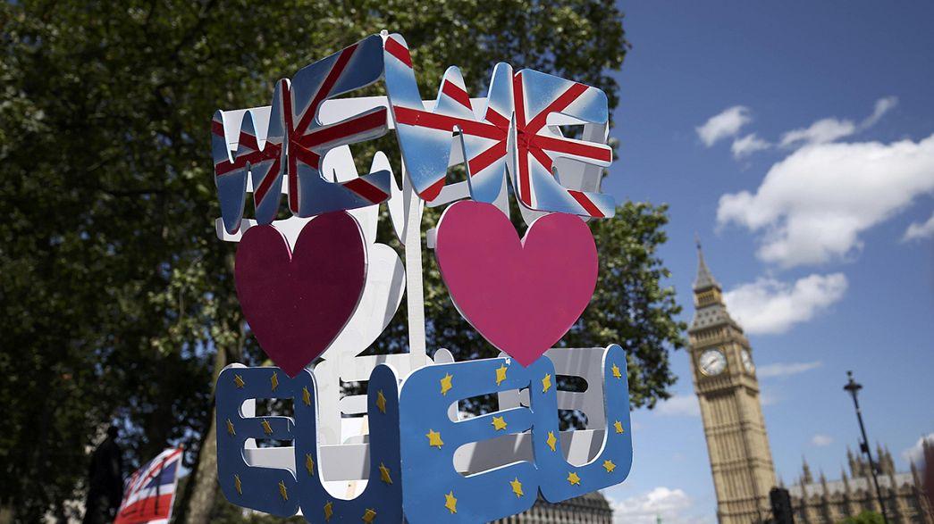 AB İngiltere'nin üyelikten çıkışının hesaplarını yapıyor