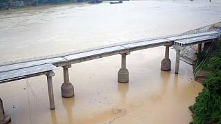 Un tifone crea vittime e disagi in Cina