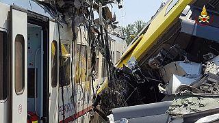 Disastro ferroviario in Italia, 20 morti in scontro frontale in Puglia