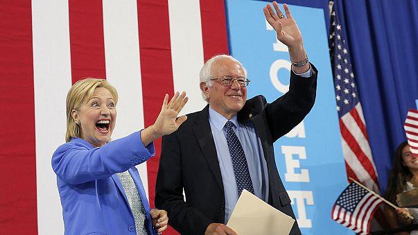 الديمقراطي ساندرز يدعم منافسته كلينتون في الانتخابات الرئاسية الاميركية