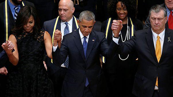 أوباما يؤكد على وحدة الأميركيين من دالاس