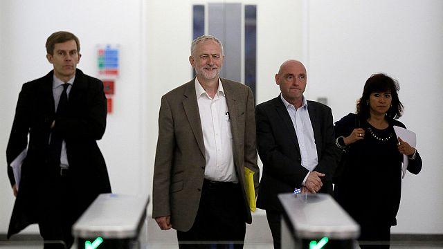اللجنة التنفيذية لحزب العمال البريطاني توافق على ترشح كوربين لانتخاباتها المقبلة