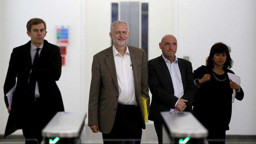 Jeremy Corbyn podrá volver a ser el líder laborista sin reunir apoyos