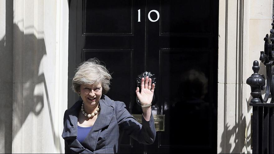 Reino Unido: A tarefa difícil da nova primeira-ministra