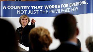 Történelmi feladat előtt áll az új brit kormányfő