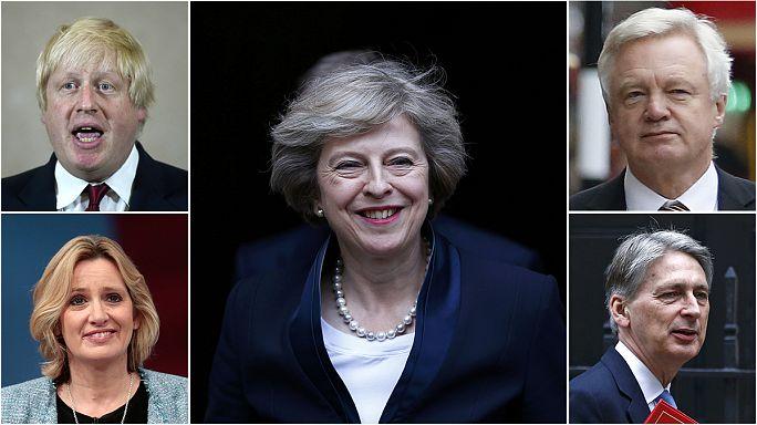 رئيسة الوزراء البريطانية ماي تشكل حكومتها الجديدة مع وزارة خاصة بالتفاوض مع الاتحاد الاوروبي