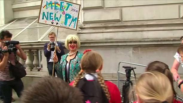Anti-Theresa May protesters call for an election