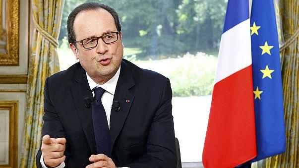 Hollande: İşsizliğin azalması için benim başlattığım politikaların sürmesi gerekli