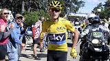 Tour de France: incredibile Froome, corre a piedi sul Mont Ventoux