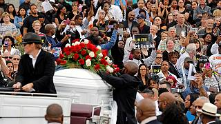 Minnesota: Thousands pay tribute to Philando Castile